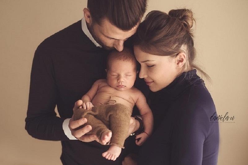 caracteristici poze nou-nascut