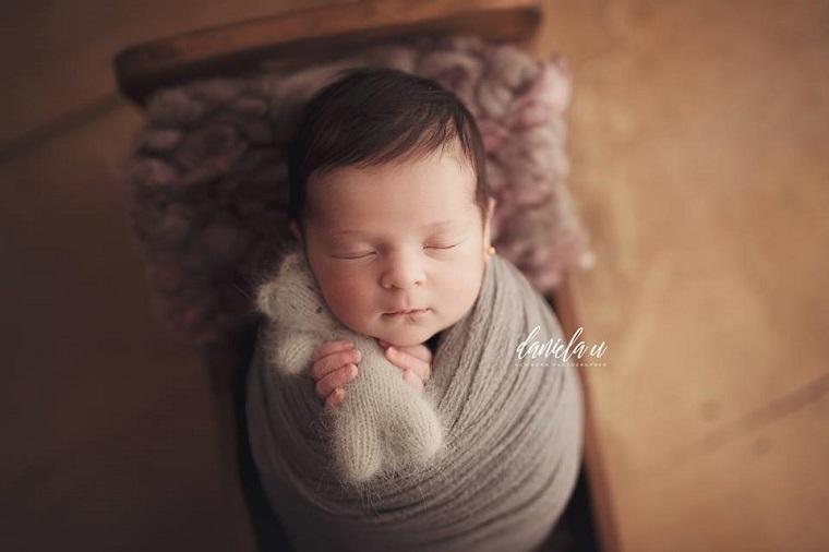 foto nou-născut