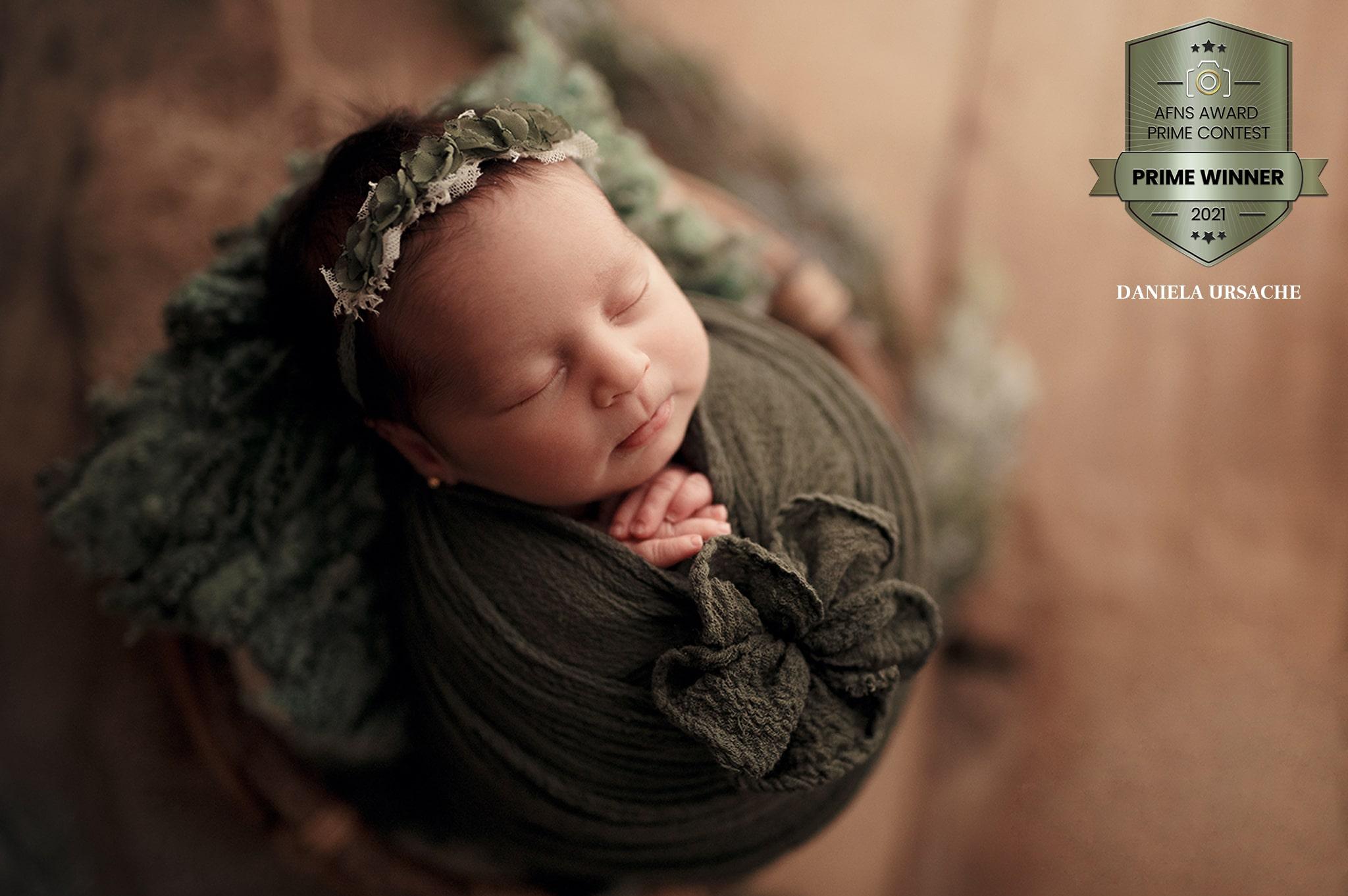 Lumina artificială în fotografia de nou-născut – Ce echipamente folosim