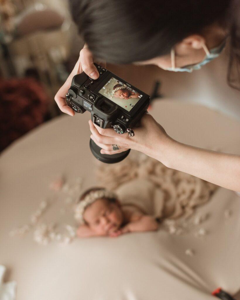 mentoring fotografie nou-născuți