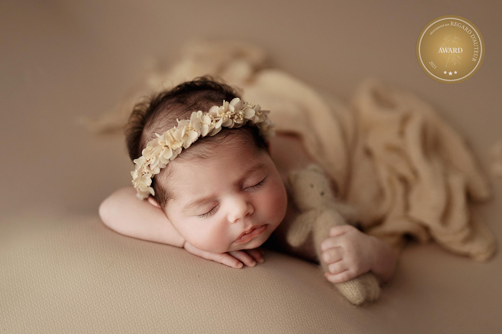 Fotograf pentru nou născuţi - Daniela Ursache